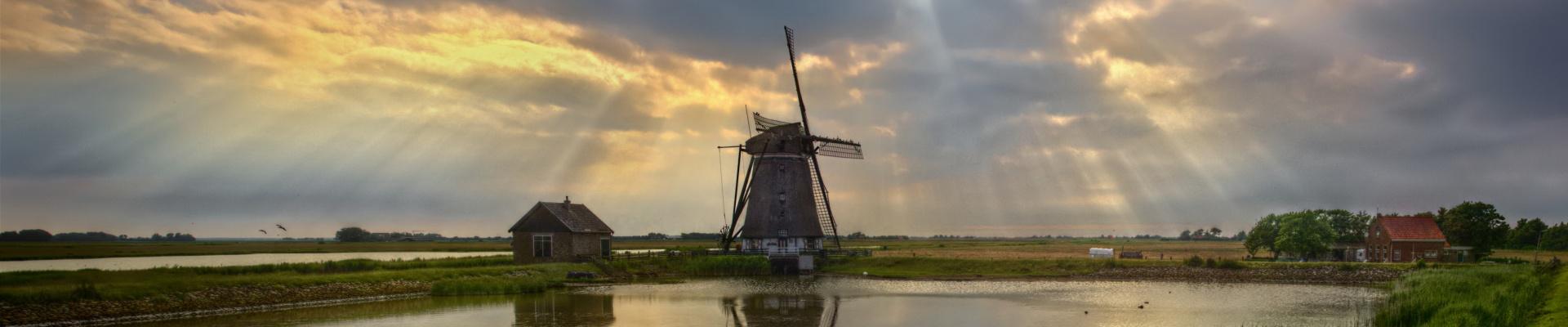 Discover...<br/>Netherlands